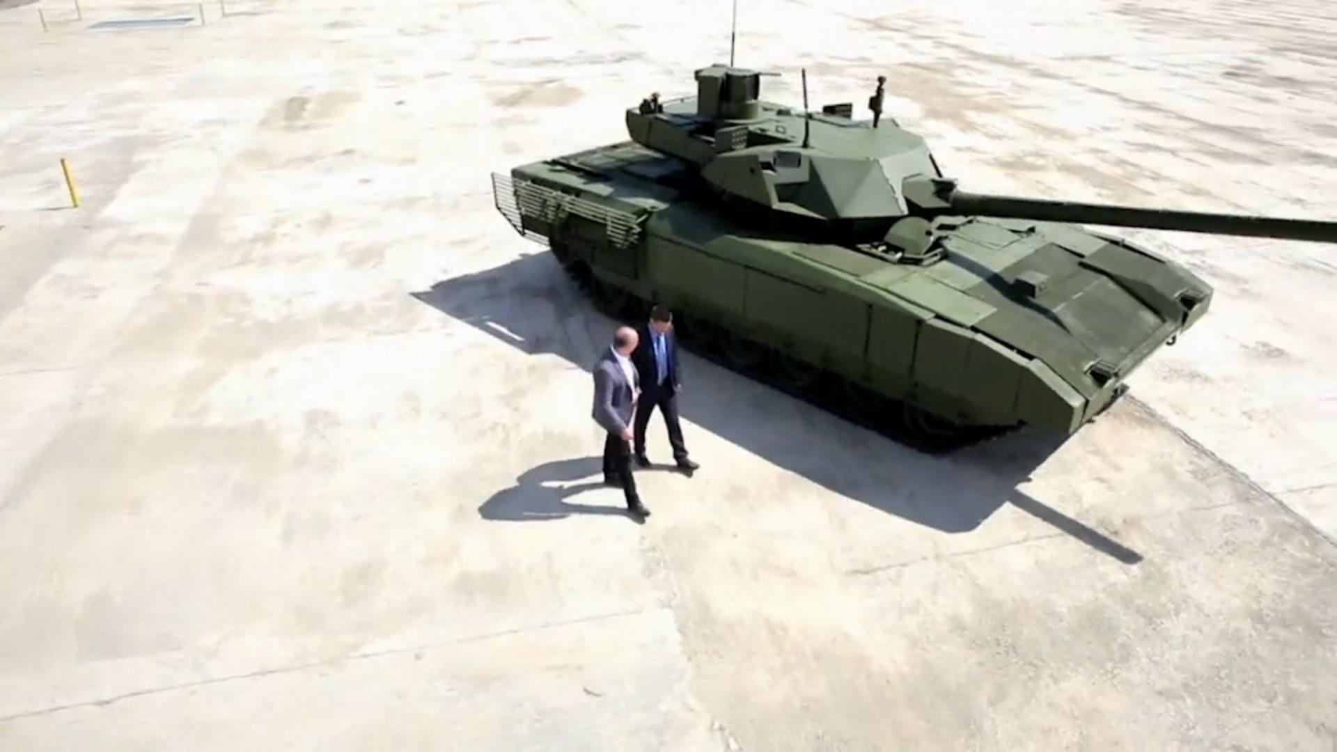 El nuevo ejército ruso... - Página 11 8AkO4