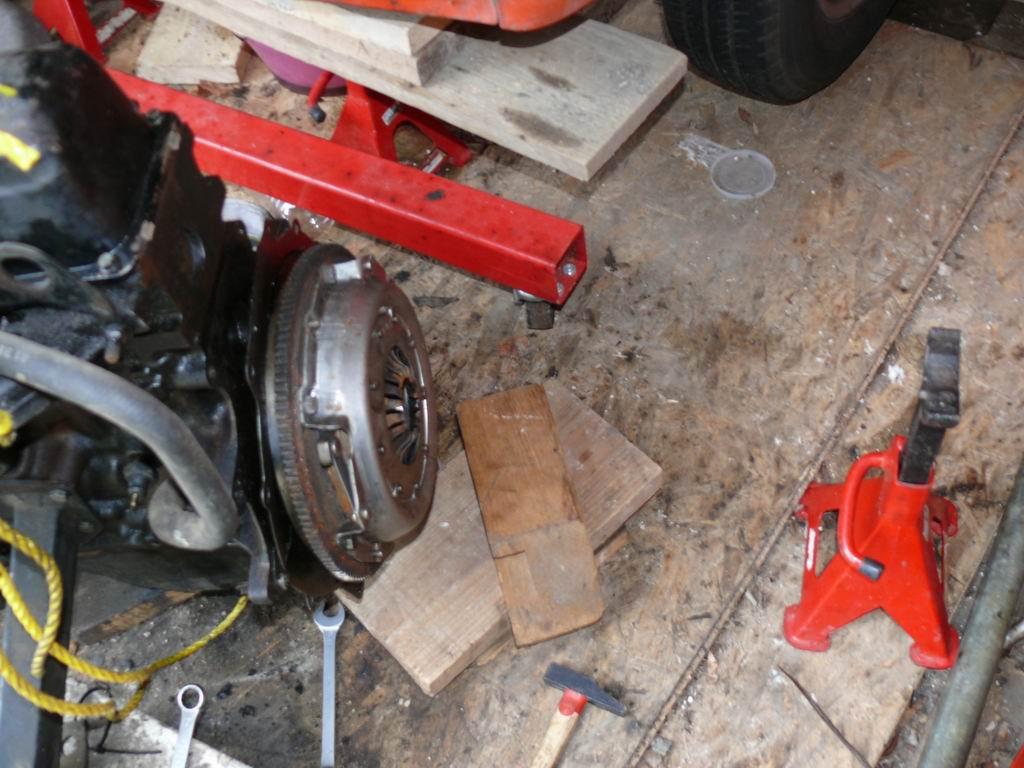[Mk2] Mon Mk2 essence vermillon - Page 3 Transit-embrayage-20-mar2011-005