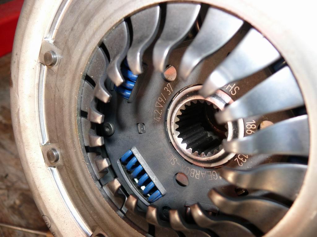 [Mk2] Mon Mk2 essence vermillon - Page 2 Transit-embrayage-8-sept2010068