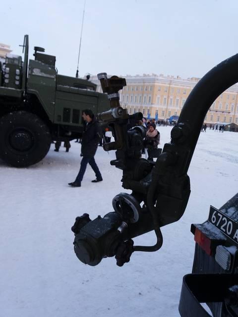 9К51 «Град» - 122-мм реактивная система залпового огня HoT4j