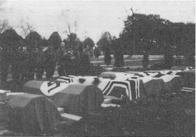 L'occupation - Page 2 Inhumation-tournebride