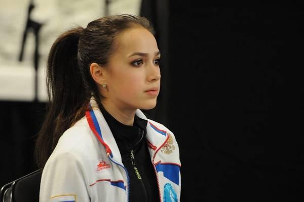 Алина Ильназовна Загитова-2   Олимпийская чемпионка - Страница 2 Ldw0u