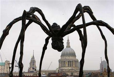 "Les futurs ""monstres"" Giant-spider"