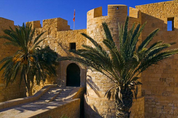 Экспедиции к выпаривателям родниковой воды - Страница 27 Tunis_o_djerba_krepost