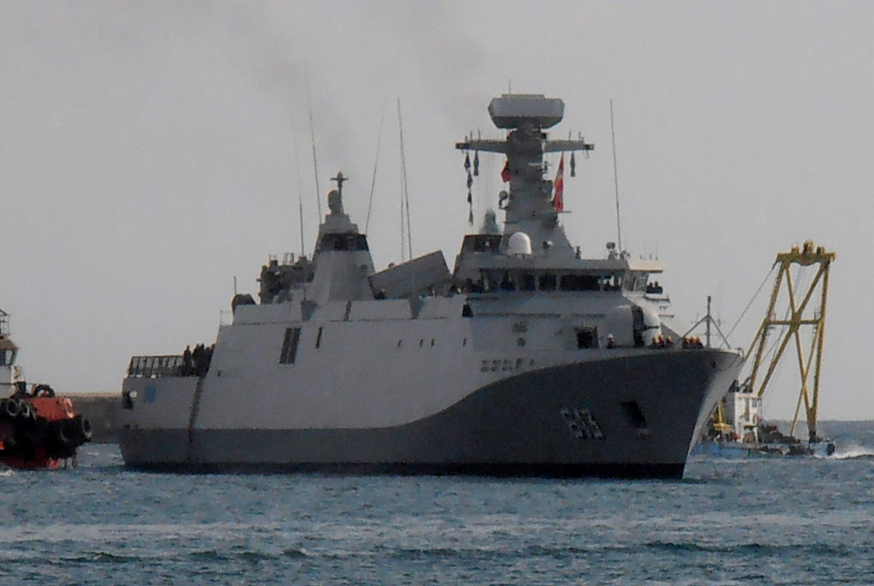 Royal Moroccan Navy Sigma class frigates / Frégates marocaines multimissions Sigma - Page 20 2230490