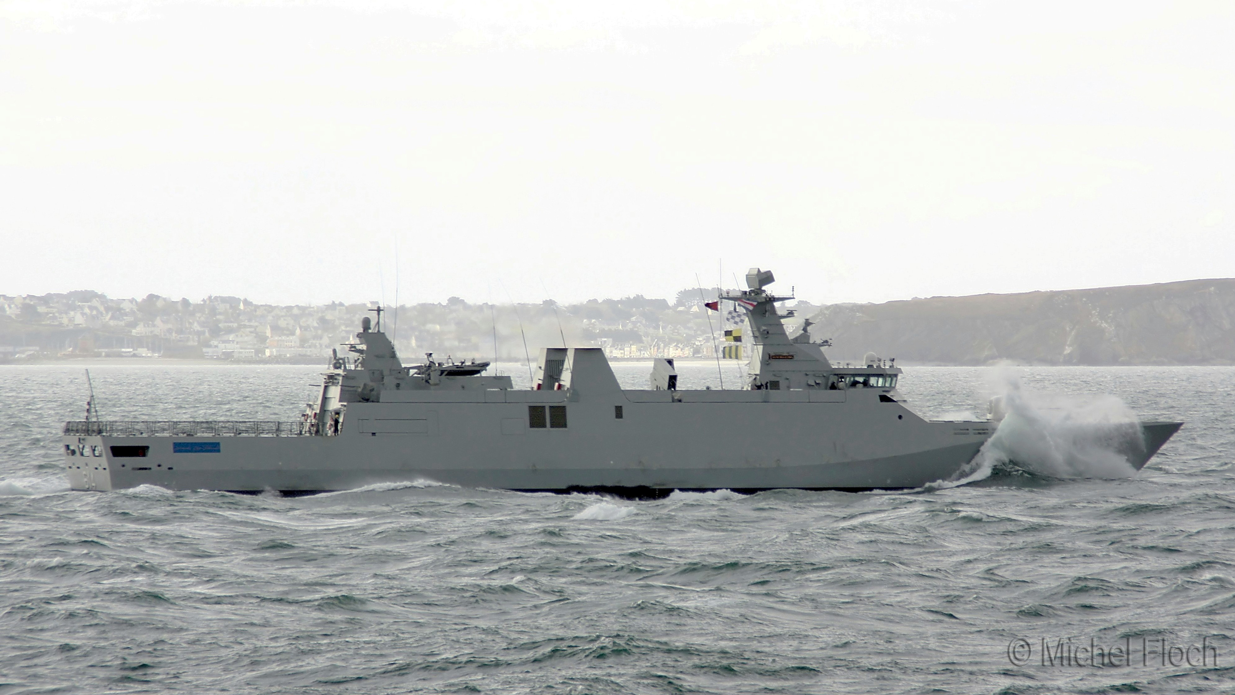 Royal Moroccan Navy Sigma class frigates / Frégates marocaines multimissions Sigma - Page 13 1773701