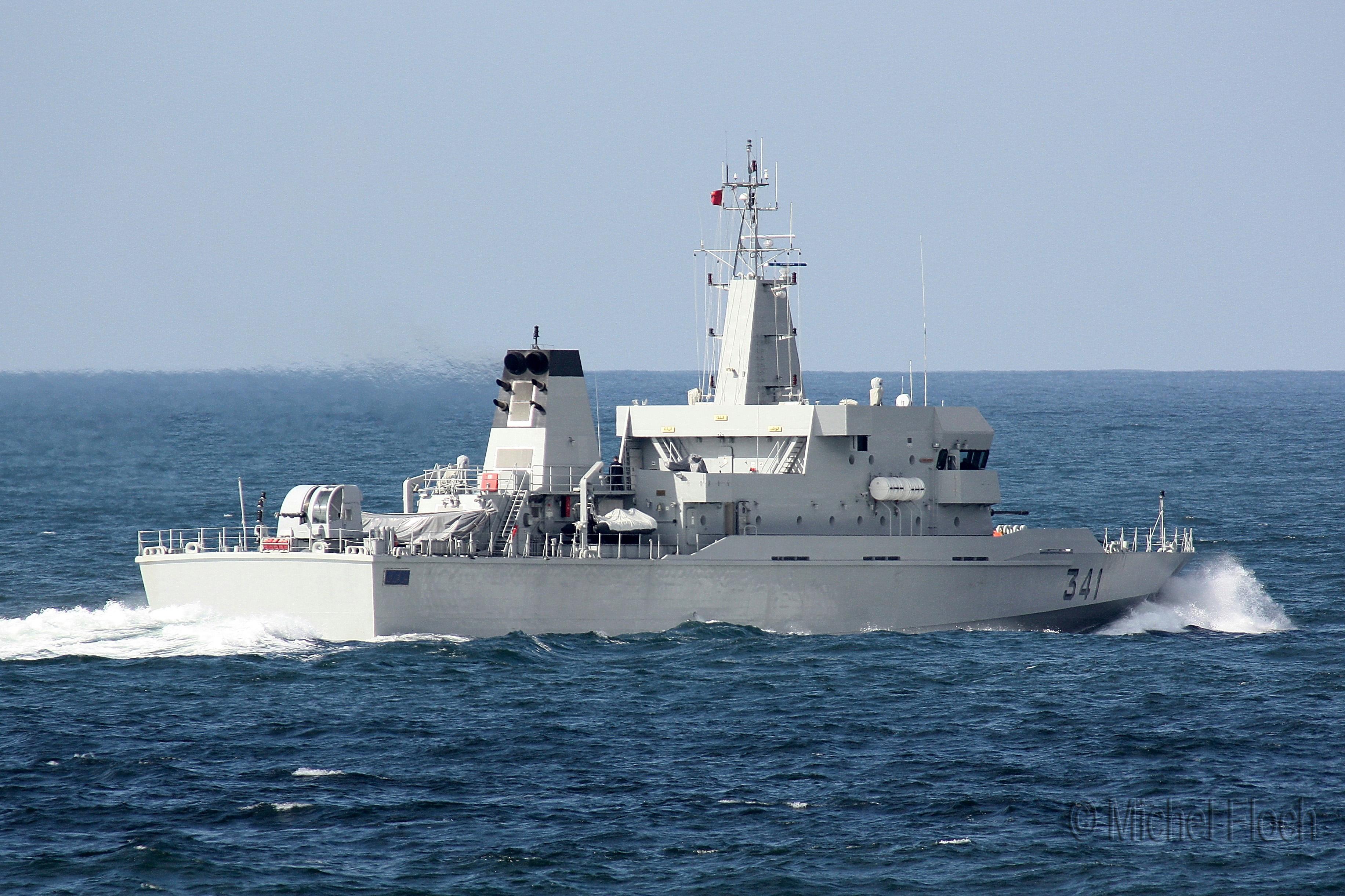 Royal Moroccan Navy OPV-70 / Classe Bir Anzarane - Page 3 1617251