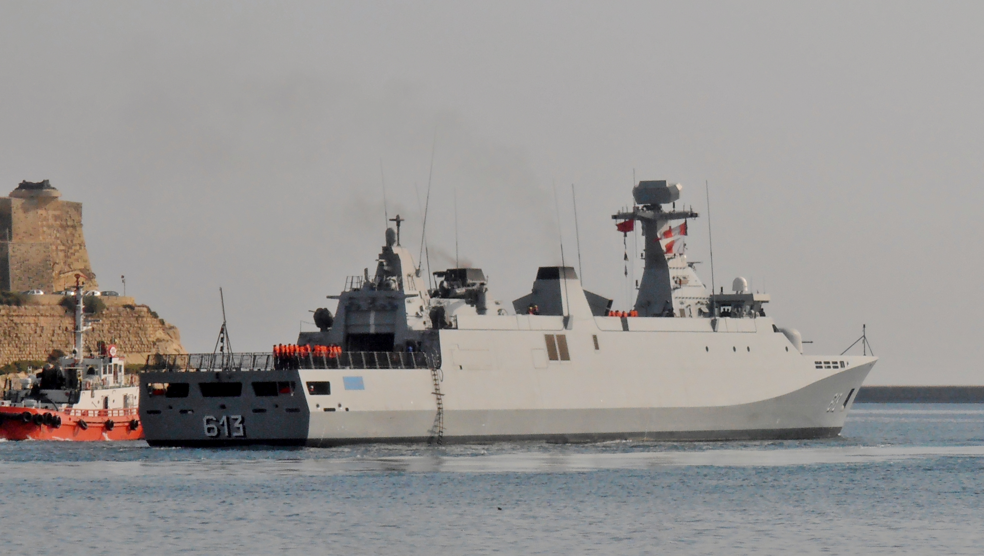 Royal Moroccan Navy Sigma class frigates / Frégates marocaines multimissions Sigma - Page 20 2232563