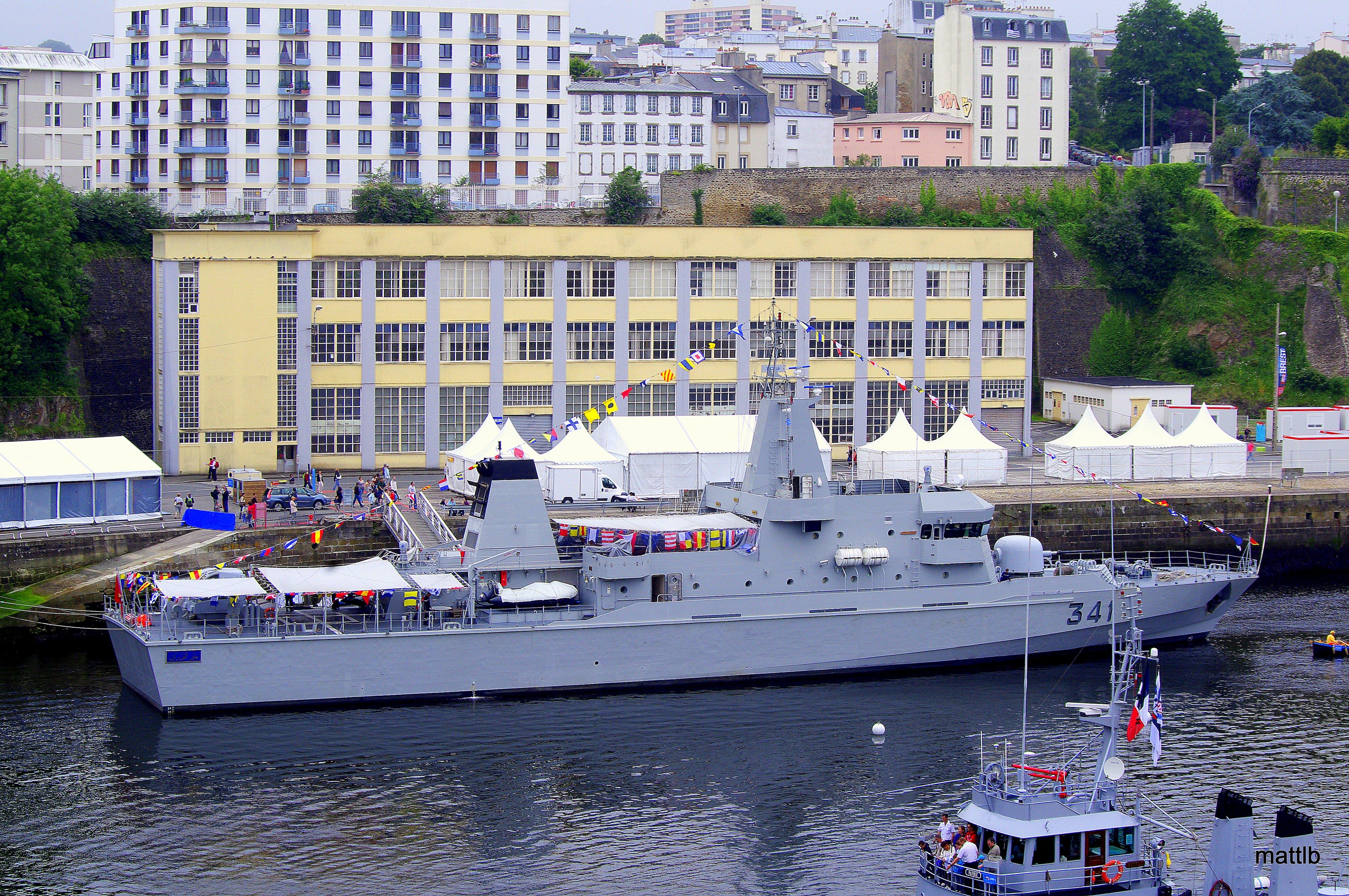 Royal Moroccan Navy OPV-70 / Classe Bir Anzarane - Page 3 1623074