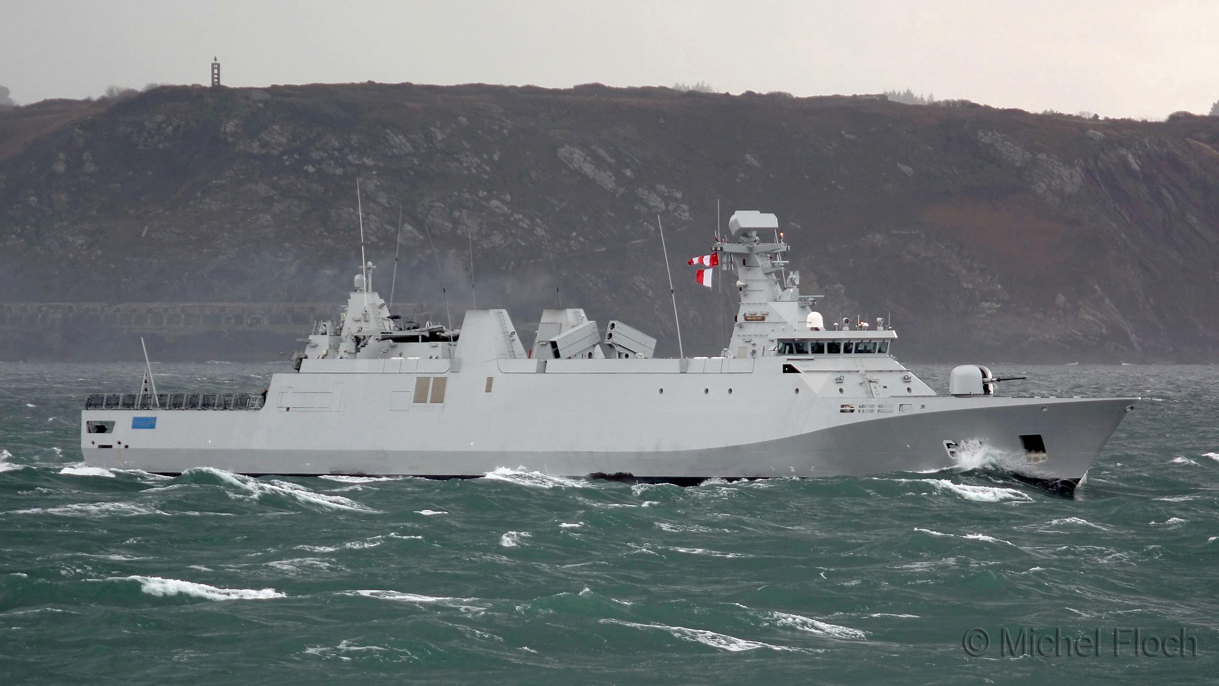 Royal Moroccan Navy Sigma class frigates / Frégates marocaines multimissions Sigma - Page 13 1773695