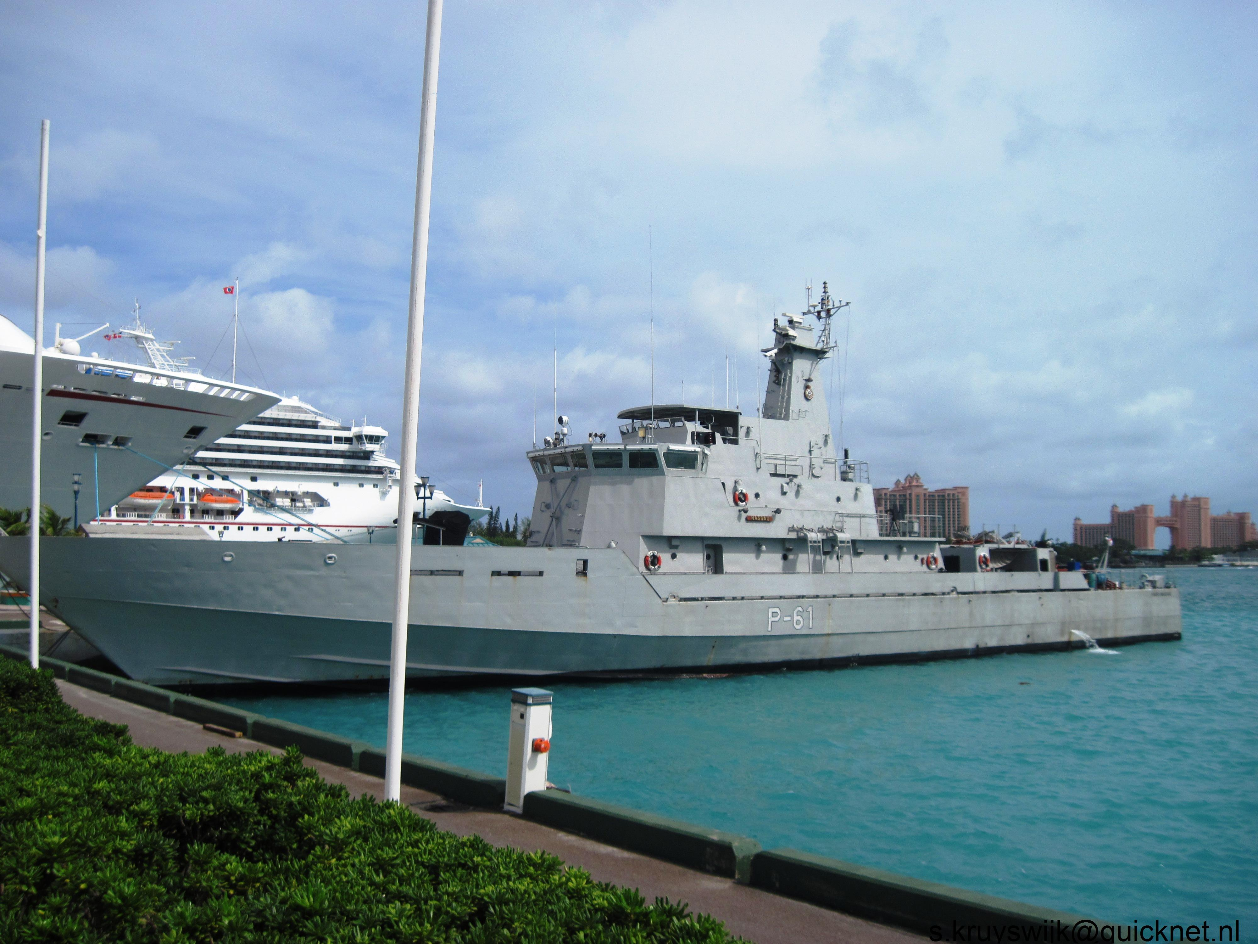 Armée des Bahamas / Royal Bahamas Defence Force ( RBDF ) 1525979