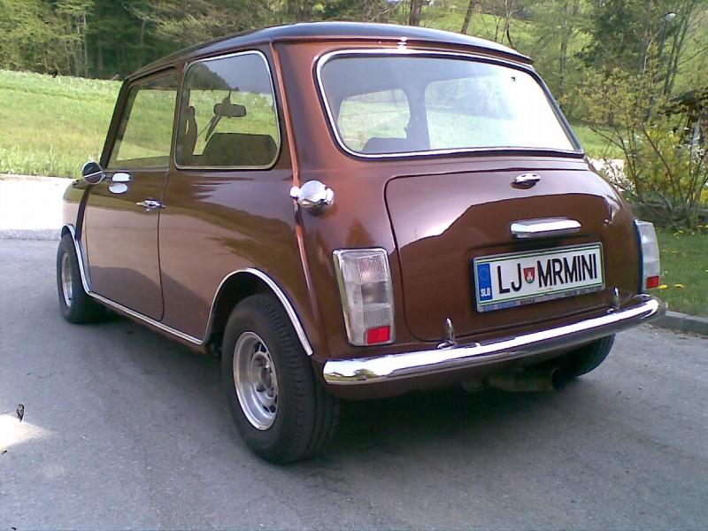 Austin Mini 1000 ˝Browny˝ Prvic-doma-2