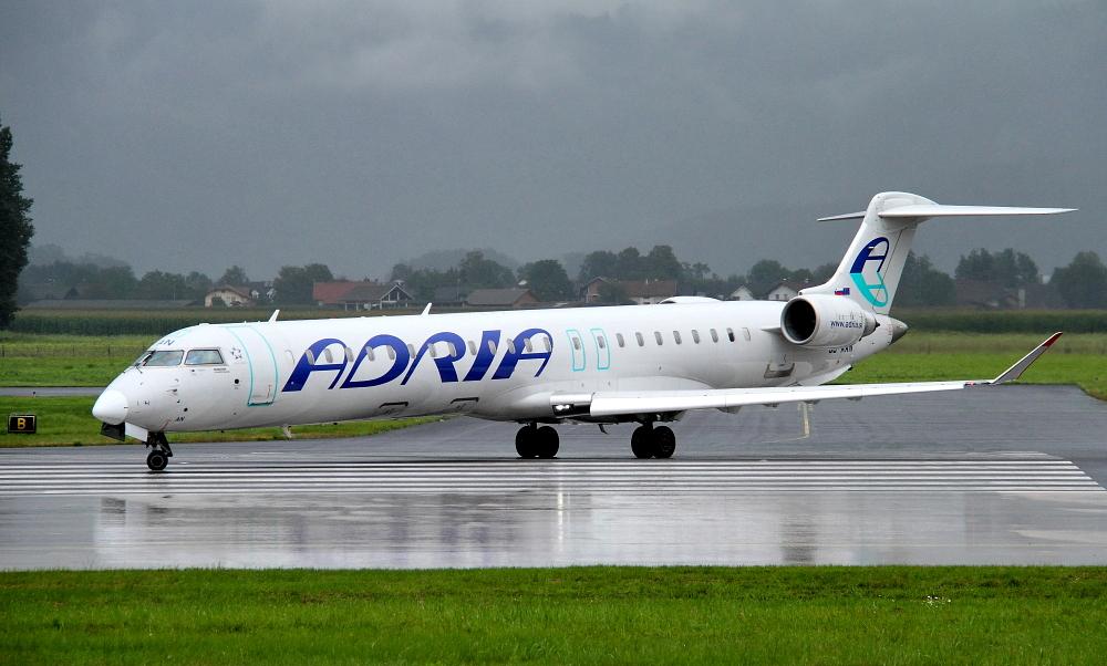 Adria Airways Slovenija - Page 3 Img3137