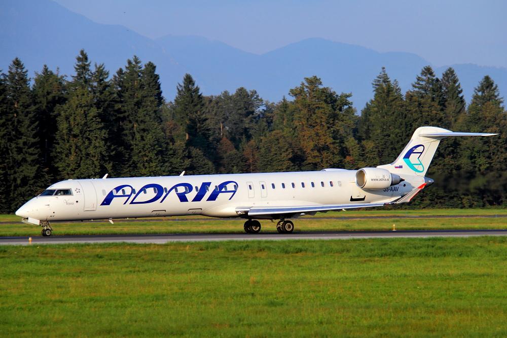 Adria Airways Slovenija - Page 4 Img4241