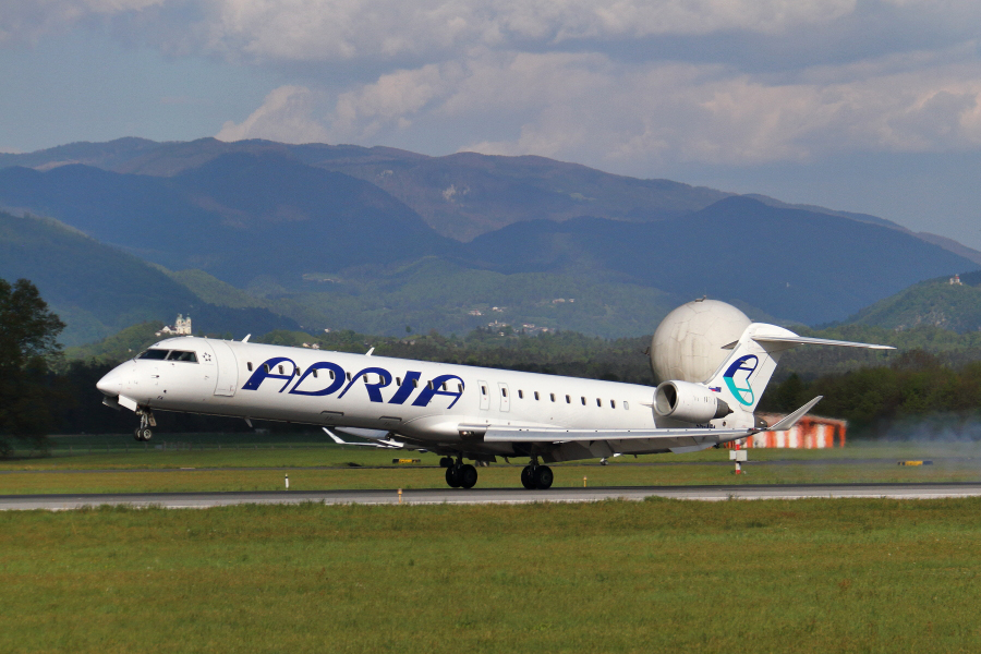 Adria Airways Slovenija - Page 5 Img3549