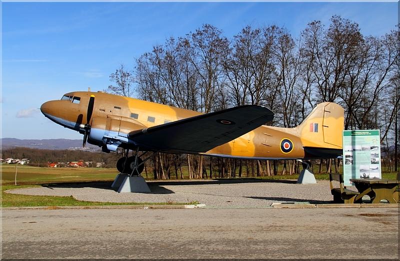 Avijatičarski spomenici  Img1495