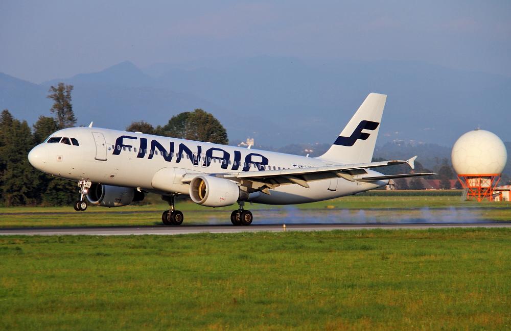 Zrakoplovi na letališču Brnik (Ljubljana) Img4259a