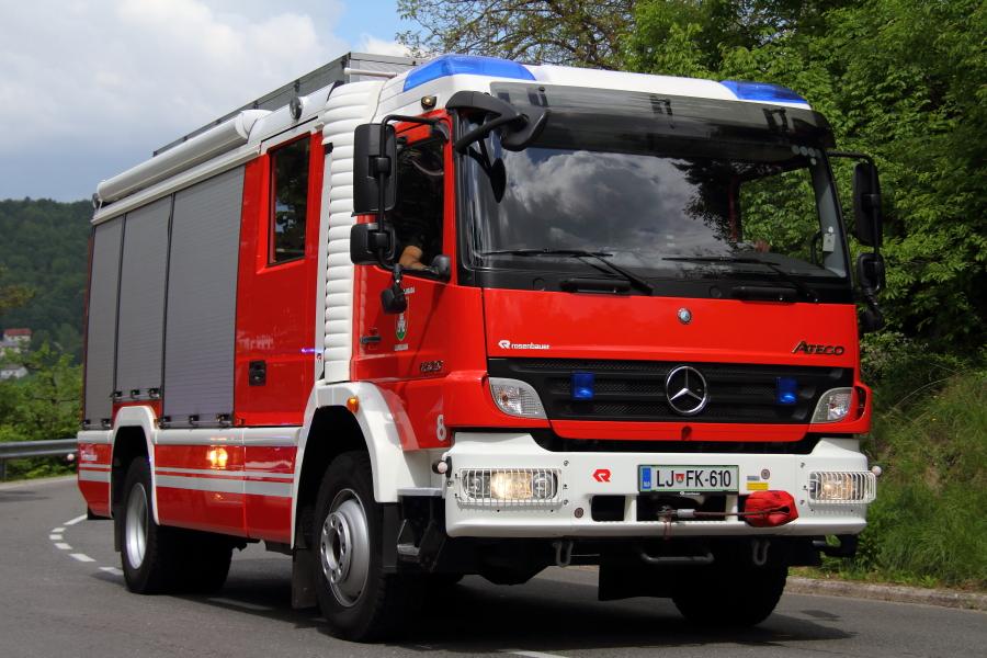 Vatrogasni kamioni Img2420
