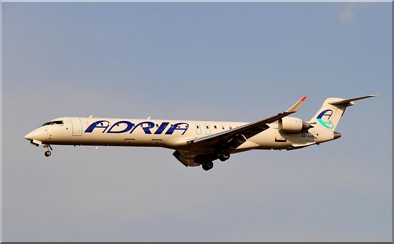 Zrakoplovi na letališču Brnik (Ljubljana) Img2824