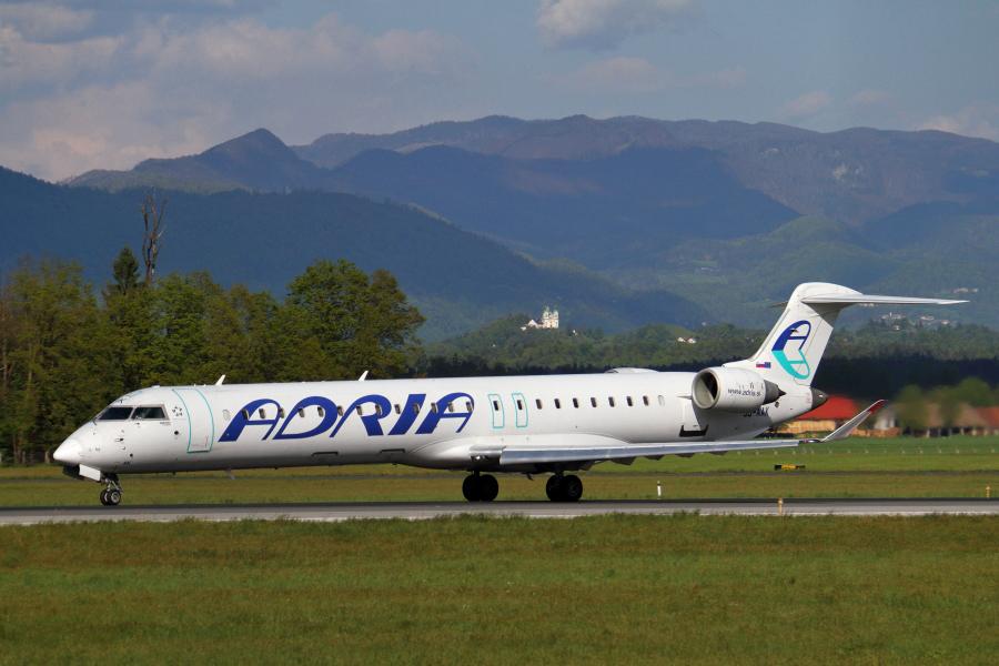 Adria Airways Slovenija - Page 5 Img3595