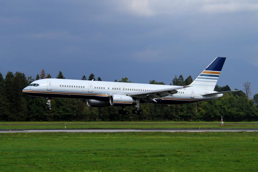 Adria Airways Slovenija - Page 4 Img4645