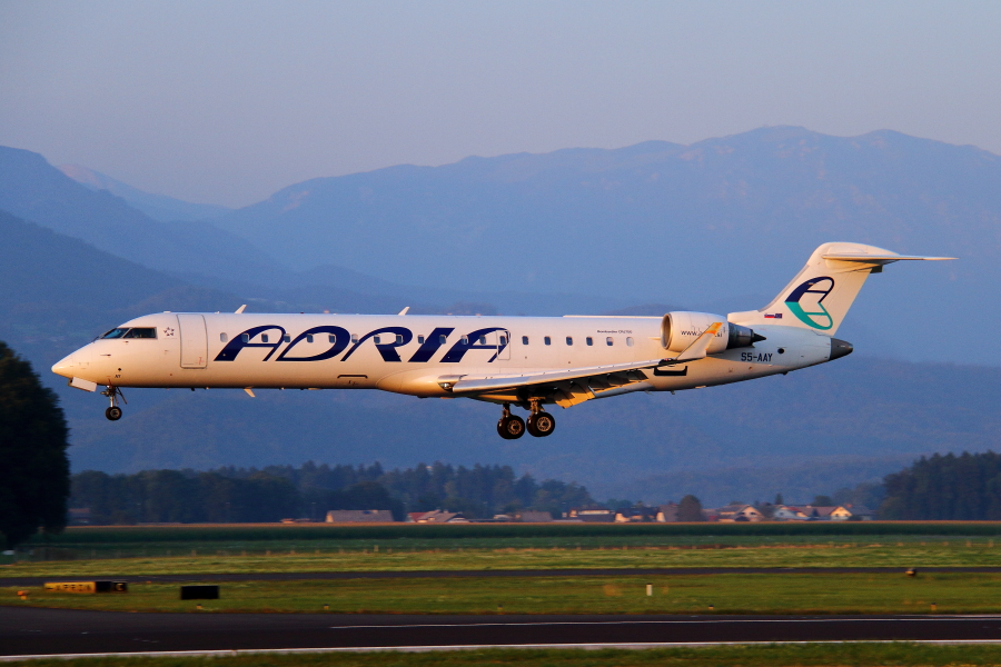 Adria Airways Slovenija - Page 5 Img4245