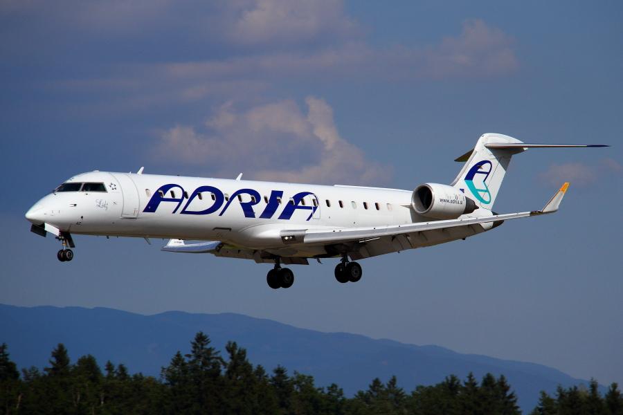 Adria Airways Slovenija - Page 5 Img3154