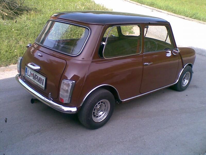 Austin Mini 1000 ˝Browny˝ Prvic-doma-3