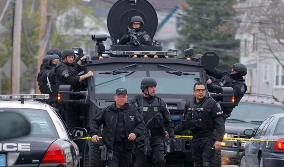 Martial Law in Boston, Mass : A Pictorial View Boston-martial-law15