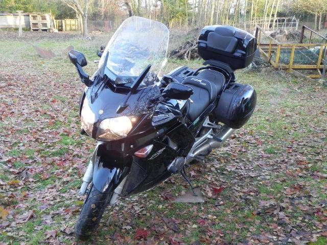 FJR 1300 Nov2010 Noire 17559km 18ir9d