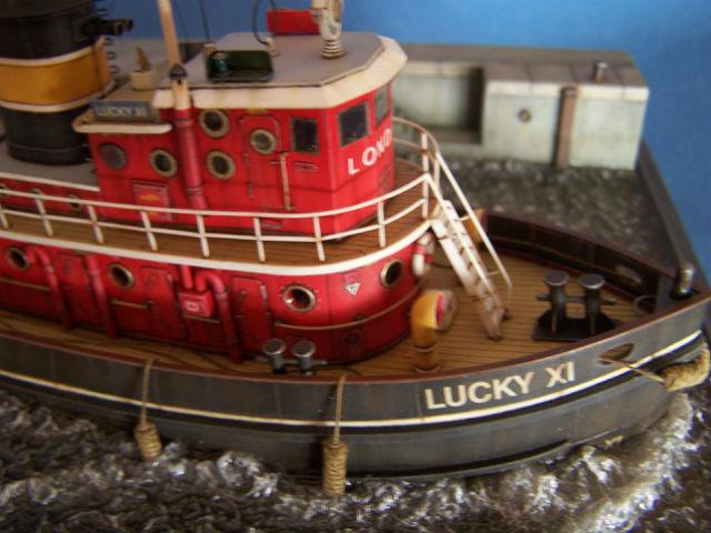 Dio : Remorqueur Lucky XI quittant le quai de Londres (1/100°) de noratlas 09730x