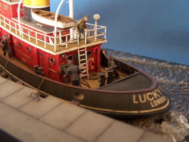Dio : Remorqueur Lucky XI quittant le quai de Londres (1/100°) de noratlas 09bn22
