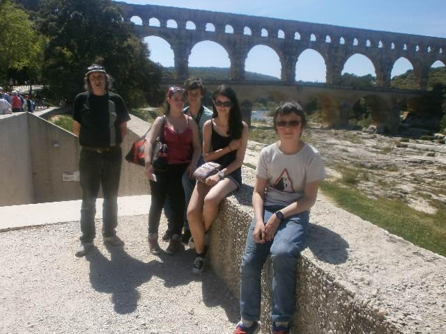 Bonjour de Castillon du Gard - Page 2 002lpp