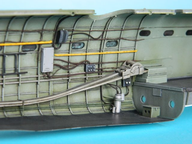 AVRO LANCASTER  Mk.III. Tamiya 1/48° - Page 8 081sja
