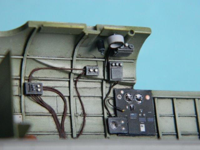 AVRO LANCASTER  Mk.III. Tamiya 1/48° - Page 8 088y2b