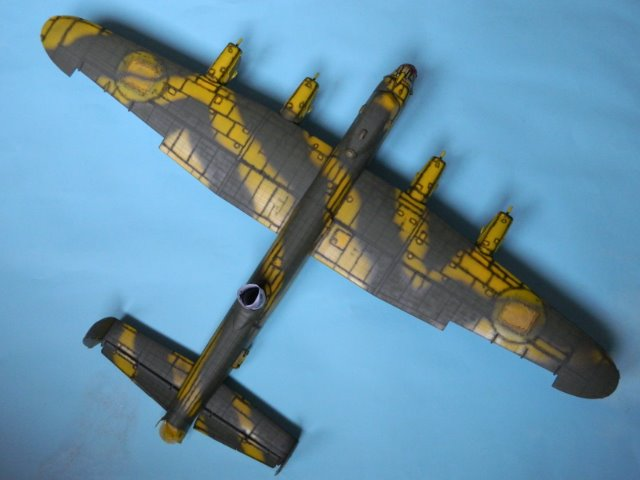 AVRO LANCASTER  Mk.III. Tamiya 1/48° - Page 10 08fdbj