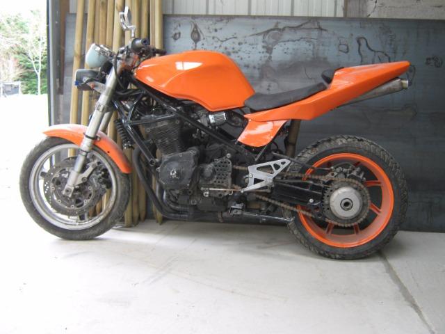 section Motos ..... 03u737