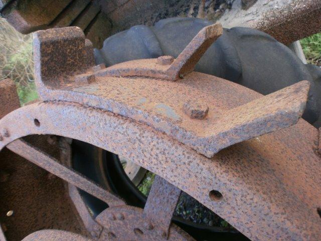 (Recherche) Crampons pour roues de fer AFV 2068qy