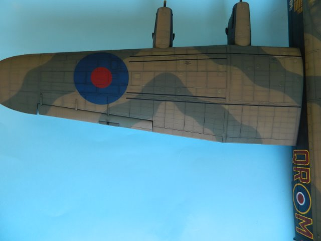 AVRO LANCASTER  Mk.III. Tamiya 1/48° - Page 11 22cw23