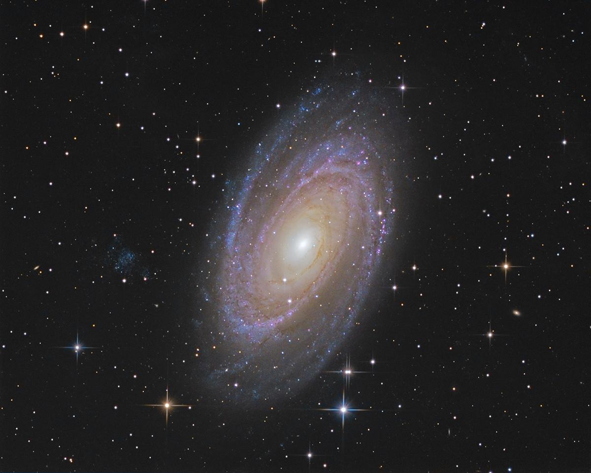 M81 M81asinh_ct_lrgb_1200