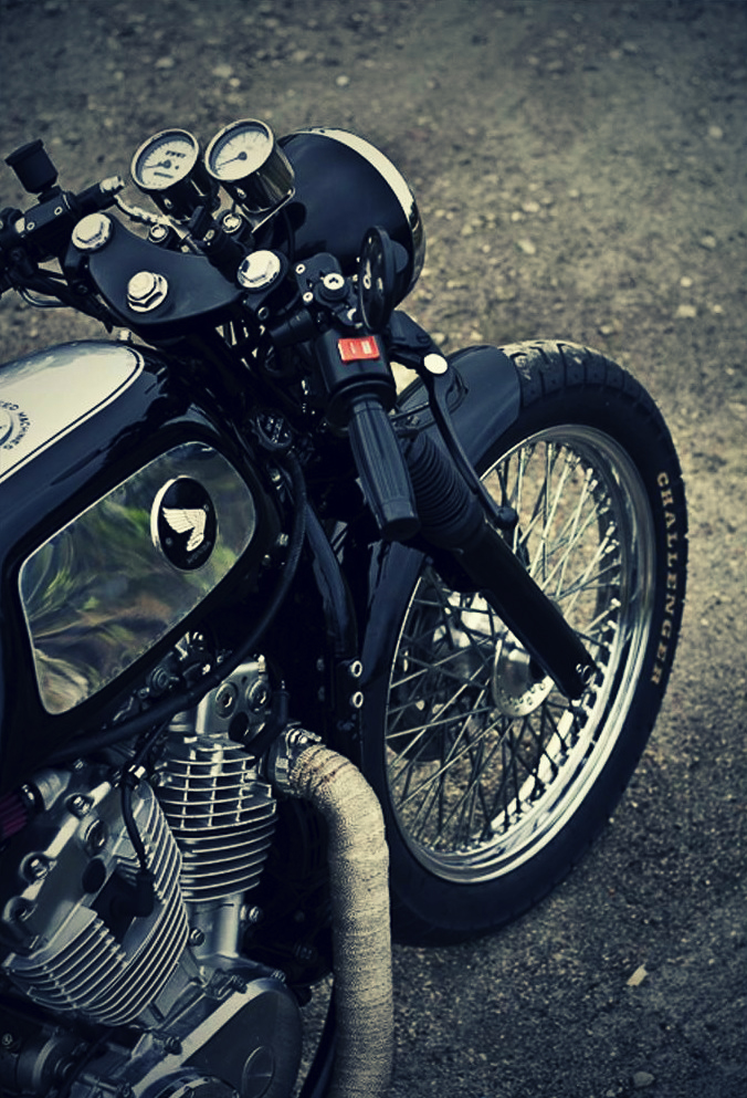 800 Shadow CR  Vintage-cafe-racer-caferacer-custom-motorcycle-honda-shadow-vt800c-dime-city-cycles-payback-14_1