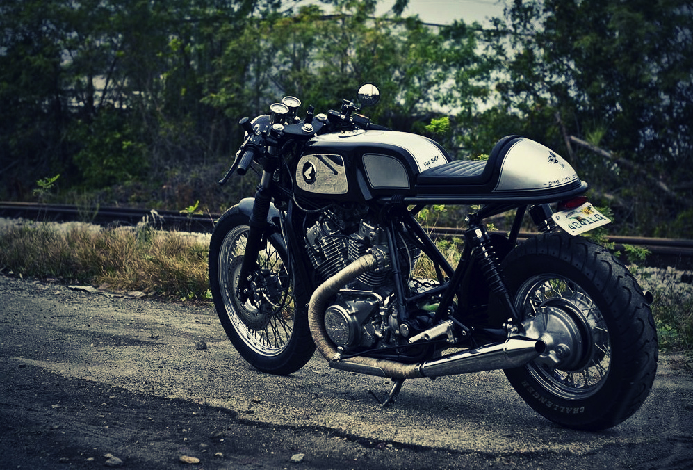800 Shadow CR  Vintage-cafe-racer-caferacer-custom-motorcycle-honda-shadow-vt800c-dime-city-cycles-payback-1_1