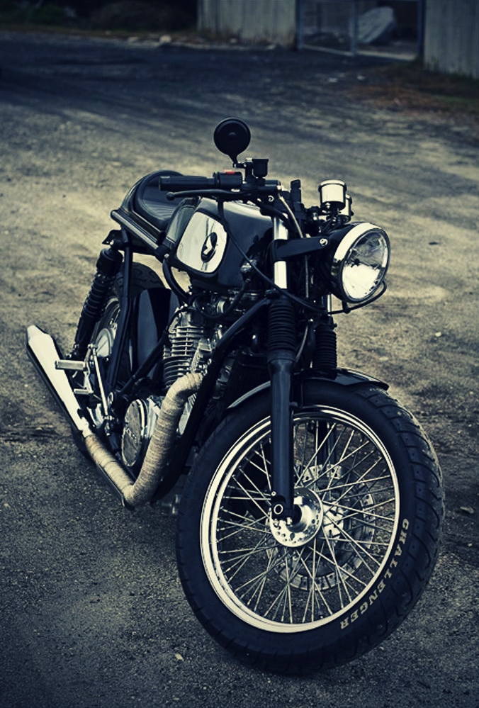 800 Shadow CR  Vintage-cafe-racer-caferacer-custom-motorcycle-honda-shadow-vt800c-dime-city-cycles-payback-36_1