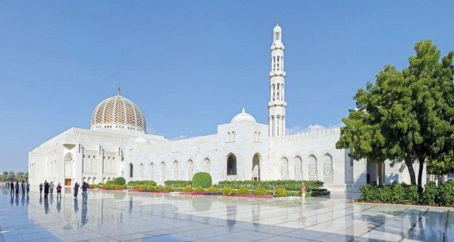 في العالم العربي مساجد تحف معمارية 221708141