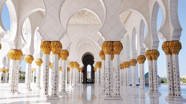 في العالم العربي مساجد تحف معمارية 390098704