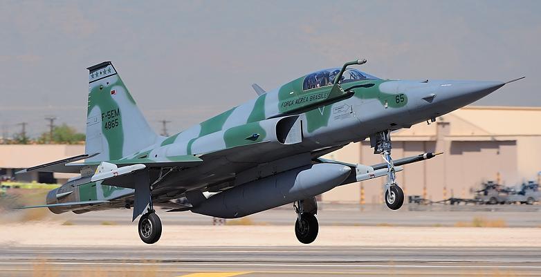 FAB recibe último F-5EM primer lote modernizado. Amxf5redflag