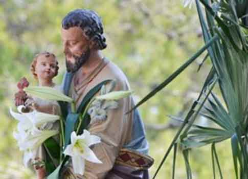 Méditer, scruter l'Evangile, vivre l'Evangile... Voilà la solution ! Joseph-25-cotignac