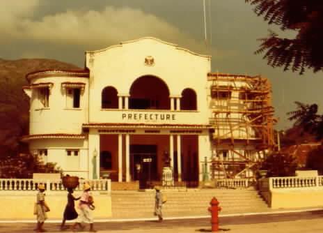 Cité du Cap-haitien malgré tout tu es vaiment remplie de charme:  BONNE FÊTE Cap5