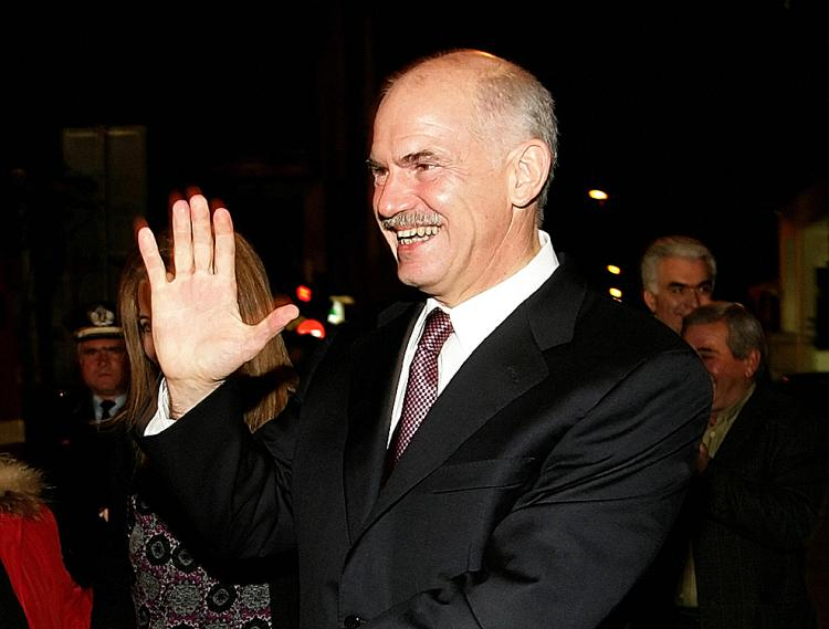 GEORGE PAPANDREOU - Into the hands of the (former) Prime Minister of Greece 33720_george%20papandreou