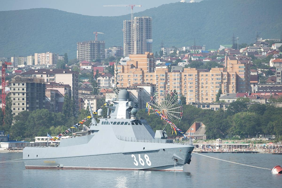 Project 22160 Bykov-class patrol ship - Page 13 FVD2CQdCnKM